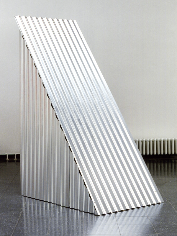 "freie Plastik, ""Shelters"", Neues Kunstforum Köln"